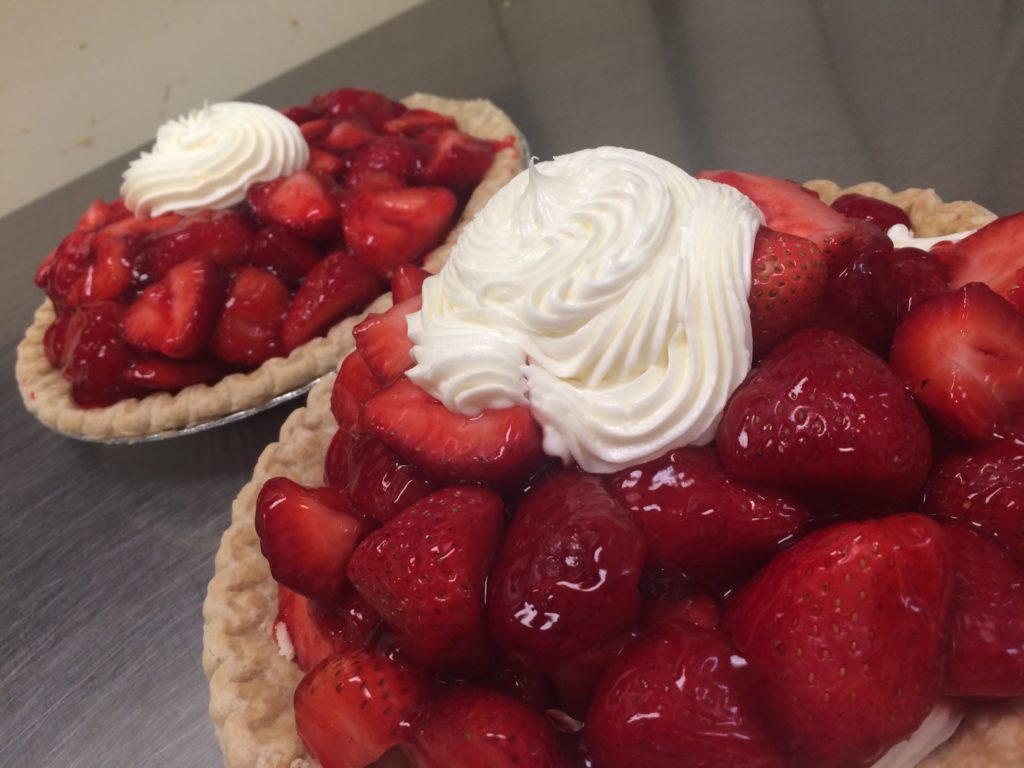 july 4th strawberry pies